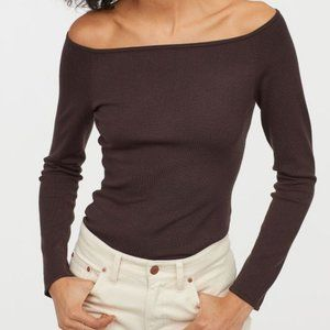 H&M Tops - H&M Brown Off-The-Shoulder Long Sleeve -Size S